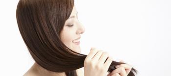 髪に激潤いディープモイストオイル.jpg